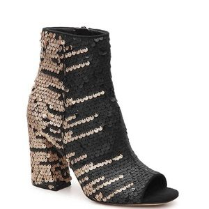 Enzo Angiolini Sequence Booties